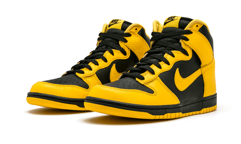 nike-dunk-high-black-varsity-maize-cz8149-002-release-2020