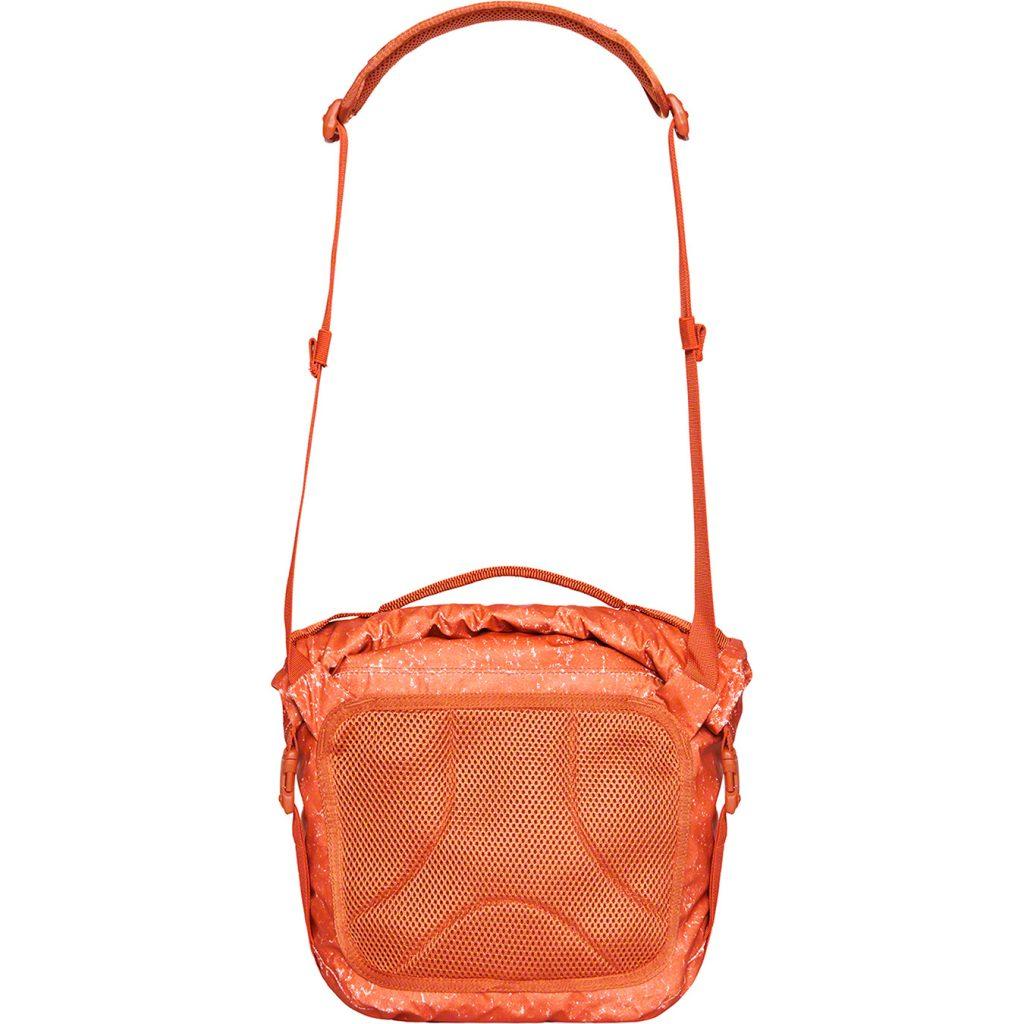 supreme-20aw-20fw-waterproof-reflective-speckled-shoulder-bag