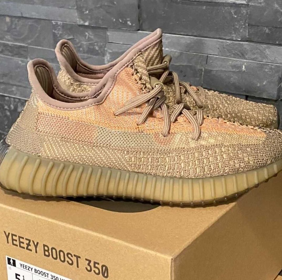 adidas-yeezy-boost-350-v2-sand-taupe-fz5240-release-20201219