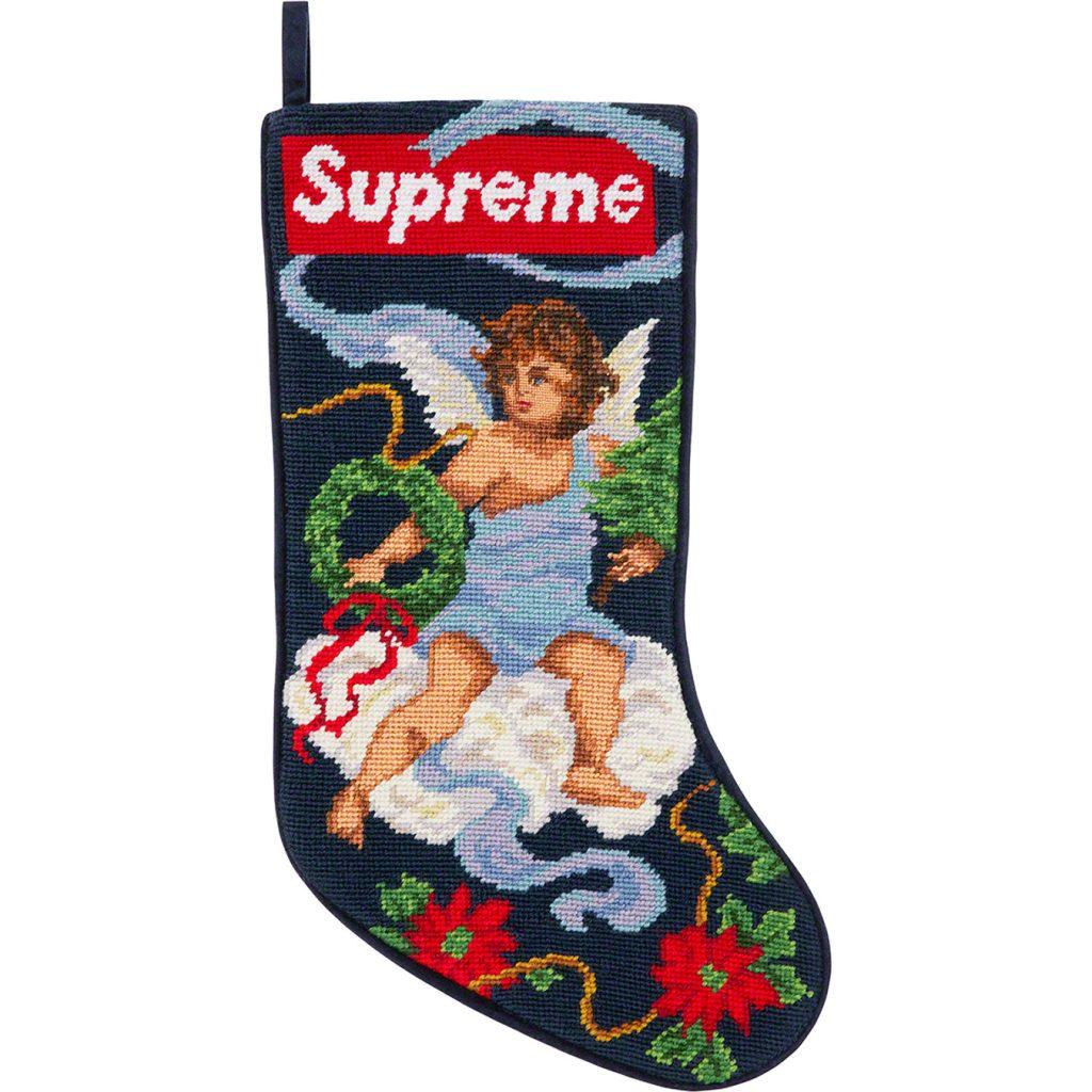 supreme-20aw-20fw-christmas-stocking