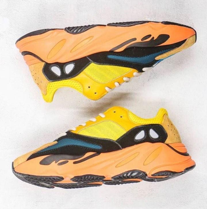 adidas-yeezy-boost-700-sun-gz6984-release-20210123