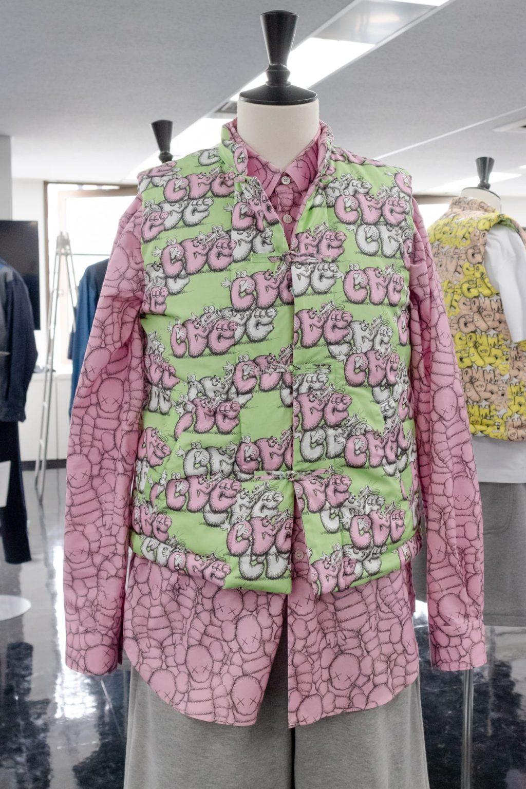kaws-comme-des-garcons-shirt-21aw-collaboration-release-202108