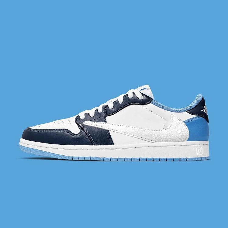 travis-scott-nike-air-jordan-1-low-white-obsidian