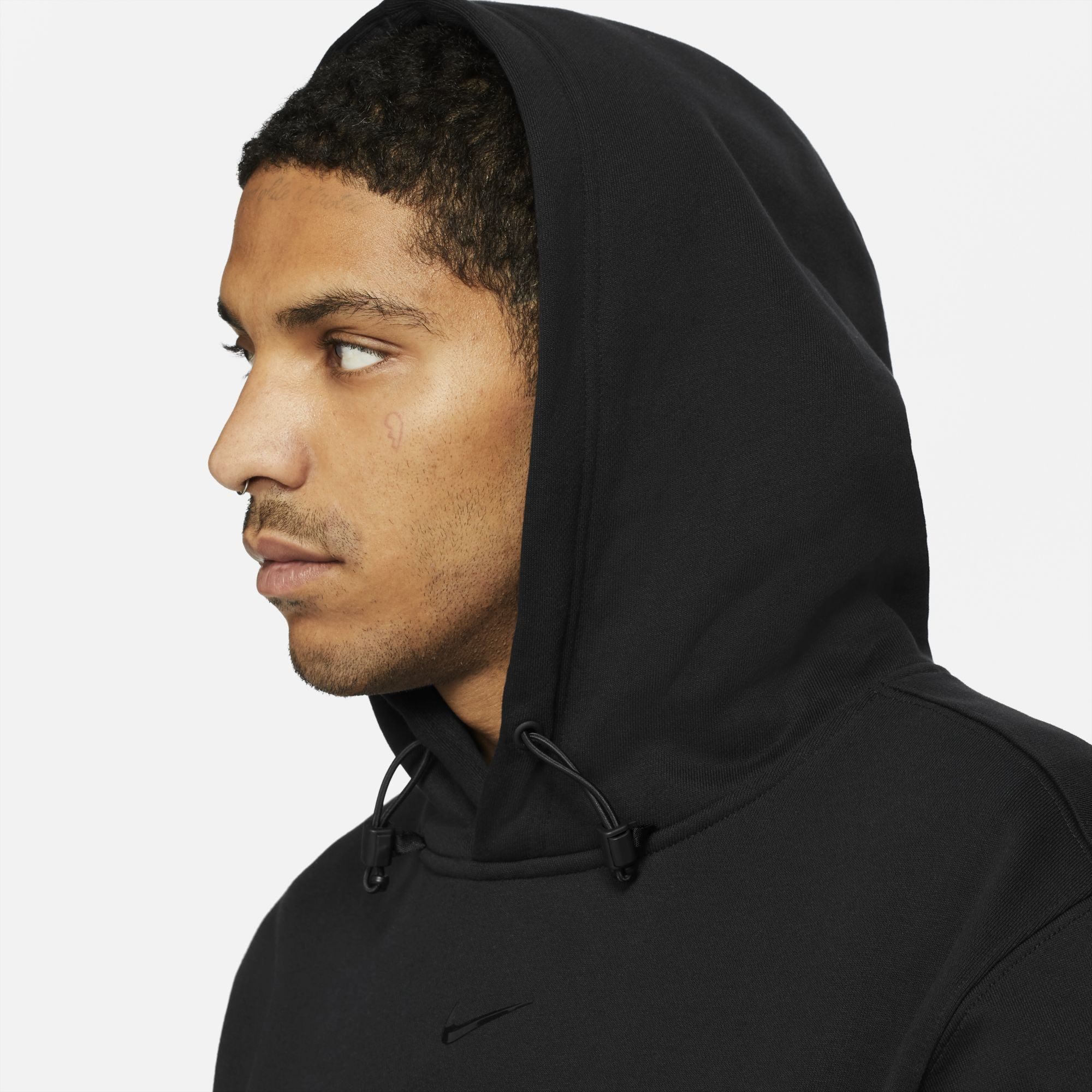 drake-nike-nocta-collection-release-202100407
