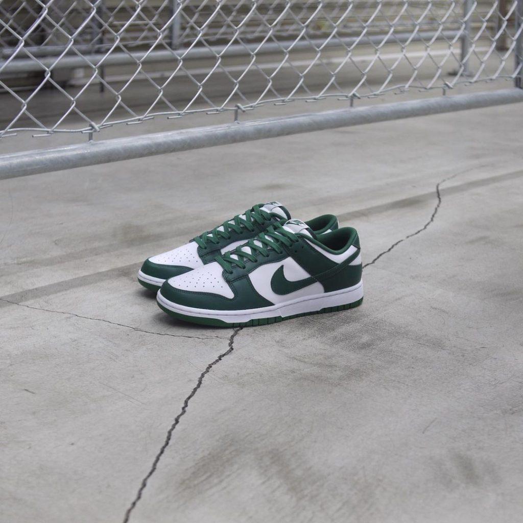 nike-dunk-low-team-green-dd1391-101-release-20210428