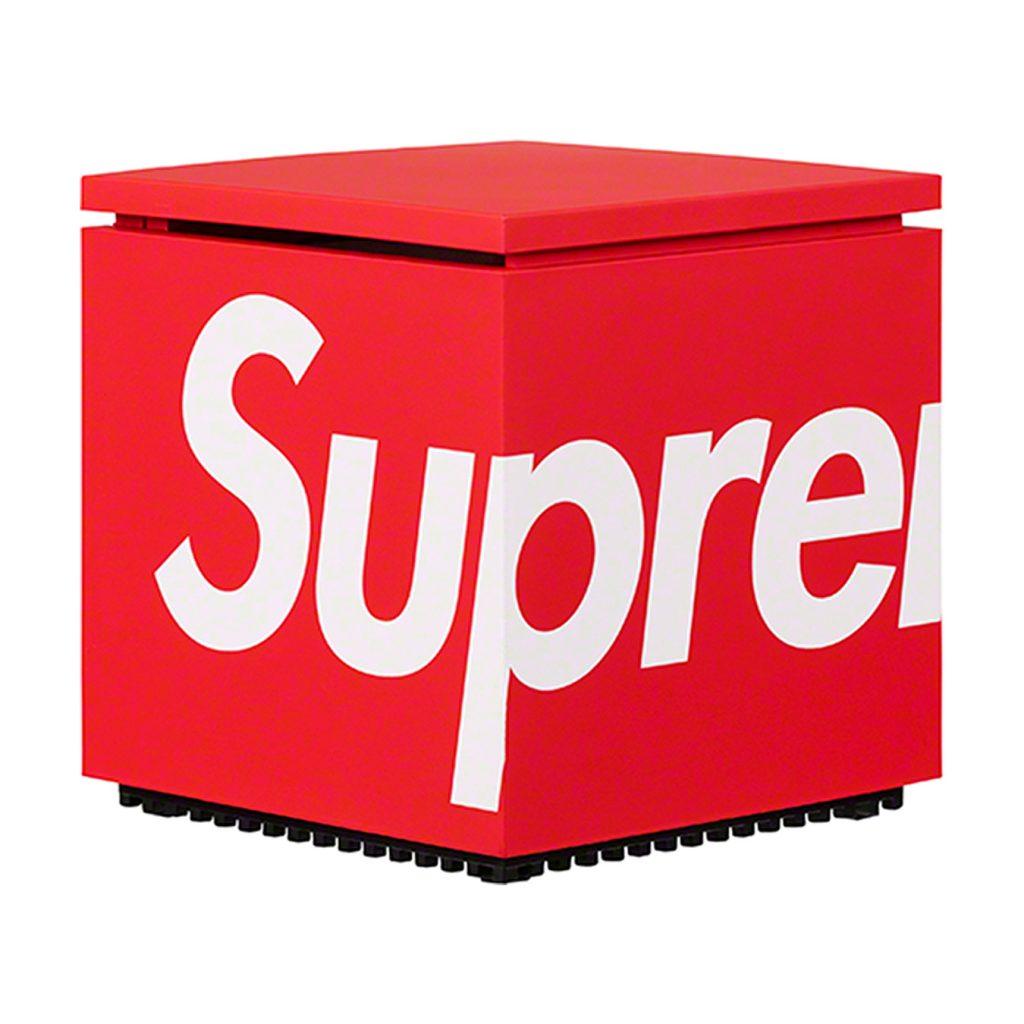 supreme-21ss-spring-summer-supreme-cini-nils-cuboluce-table-lamp
