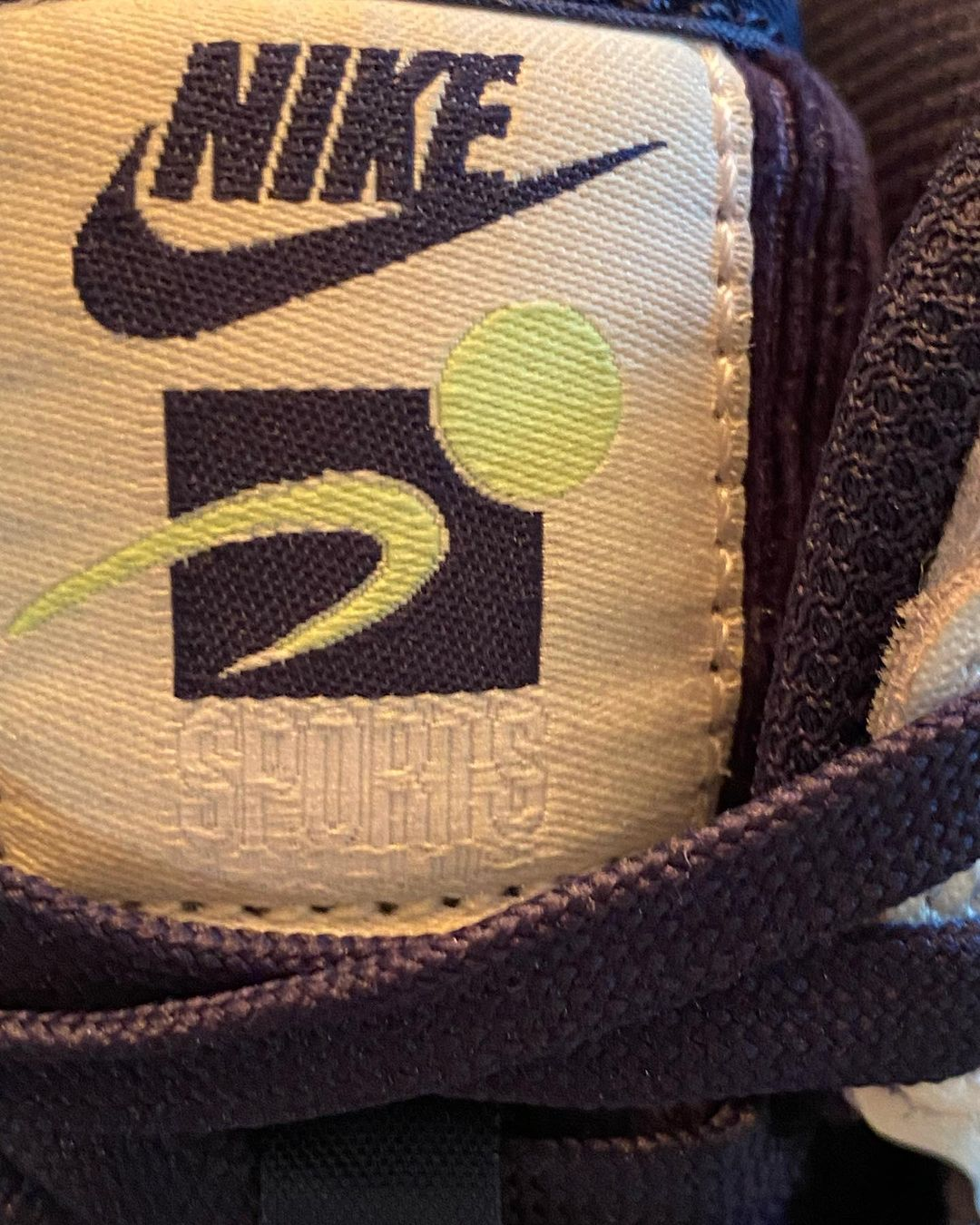 nike-dunk-high-official-basketball-dh0953-400-release-2021