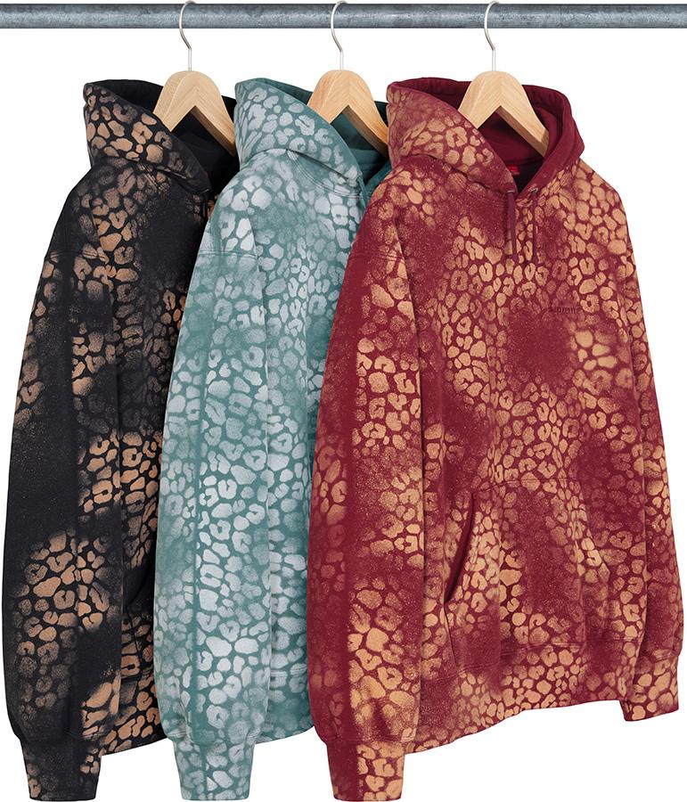 supreme-21aw-21fw-bleached-leopard-hooded-sweatshirt