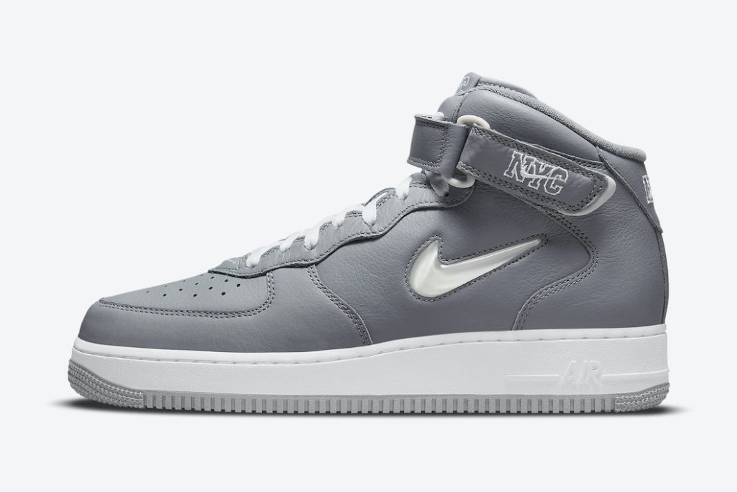nike-air-force-1-mid-nyc-cool-grey-dh5622-001-release-20210929