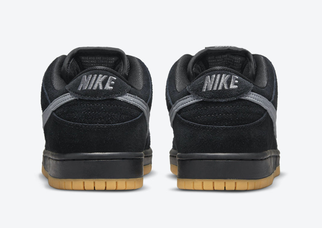 nike-sb-dunk-low-black-fog-gum-bq6817-010-release-2021